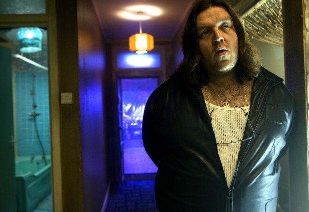 Ron (Nick Frost)